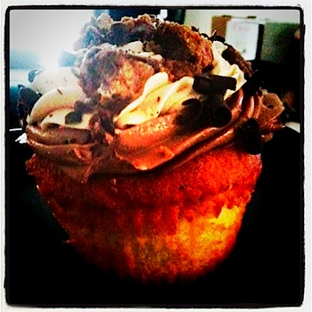 jilly's reeces cupcake